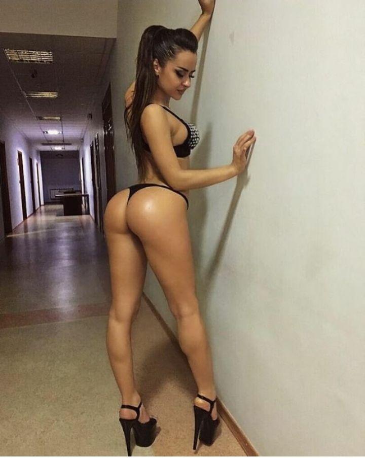 Naked virgin babes cums
