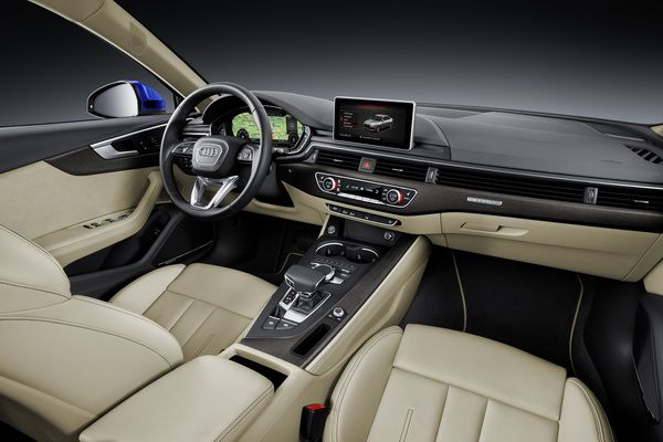 Új Audi A4 2015 utastér