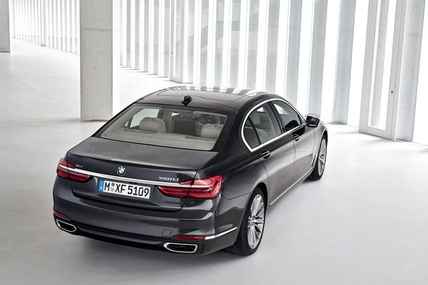 Új BMW 7 sorozat 2015